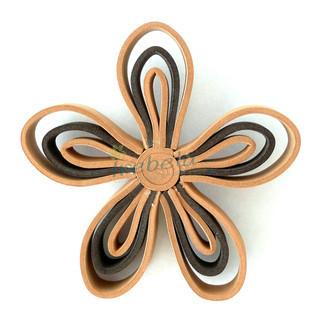 Broche flor marrón de goma eva