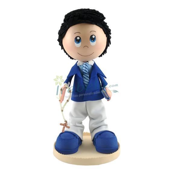 Fofucho niño de comunión con traje azul y blanco