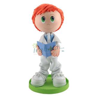 Fofucho niño de comunión con traje blanco